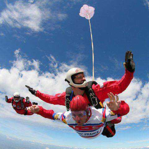 Skydive fundraiser for Rugby League Benevolent Fund
